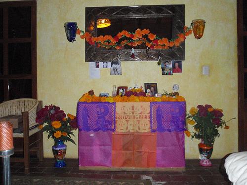 day_of_the_dead_altar.jpg